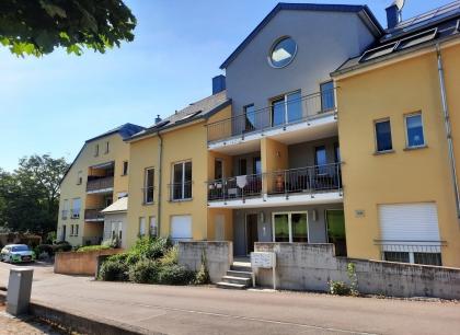 Bel appartement avec terrasses en vente à Saeul